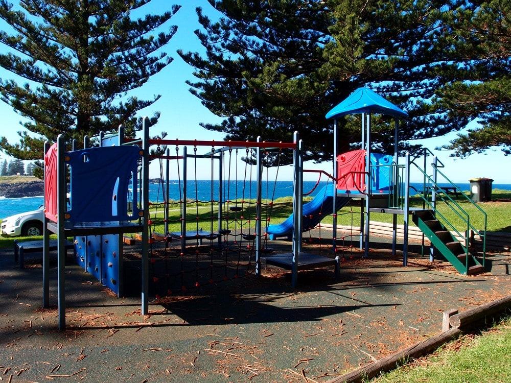 Kiama Surf Beach has a kids playground