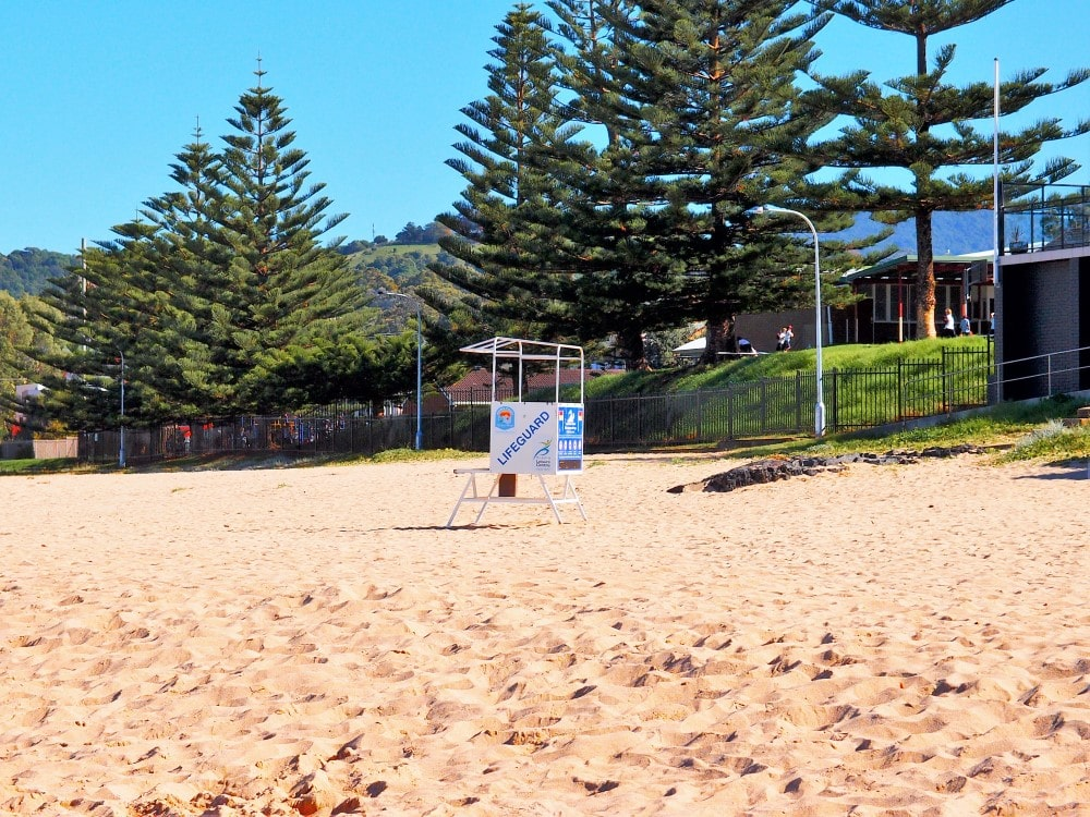 Kiama Surf Beach is a patrolled beach and has lifeguards on duty