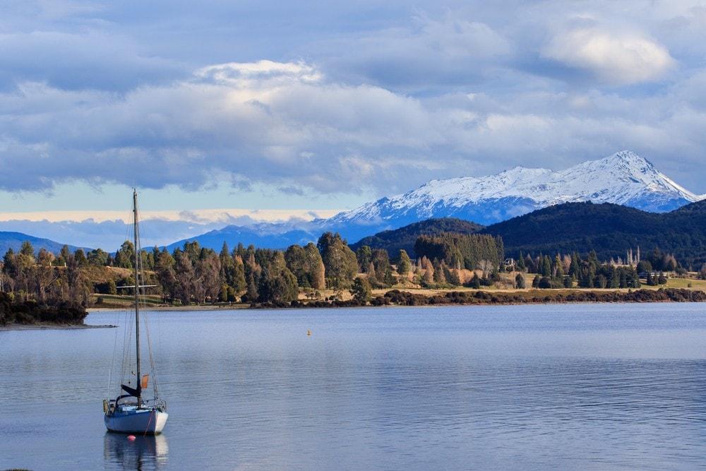 Things to Do in New Zealand South Island - Lake Te Anau