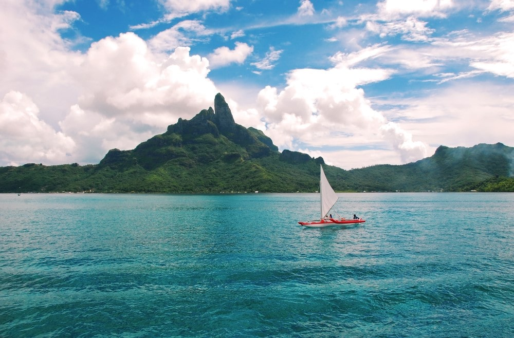 How to get to Bora Bora Boat and Mount Otemanu
