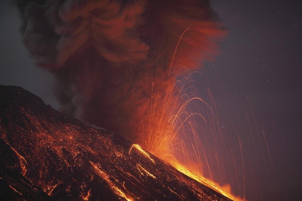 Mind-blowing volcanoes Sakurajima, Japan