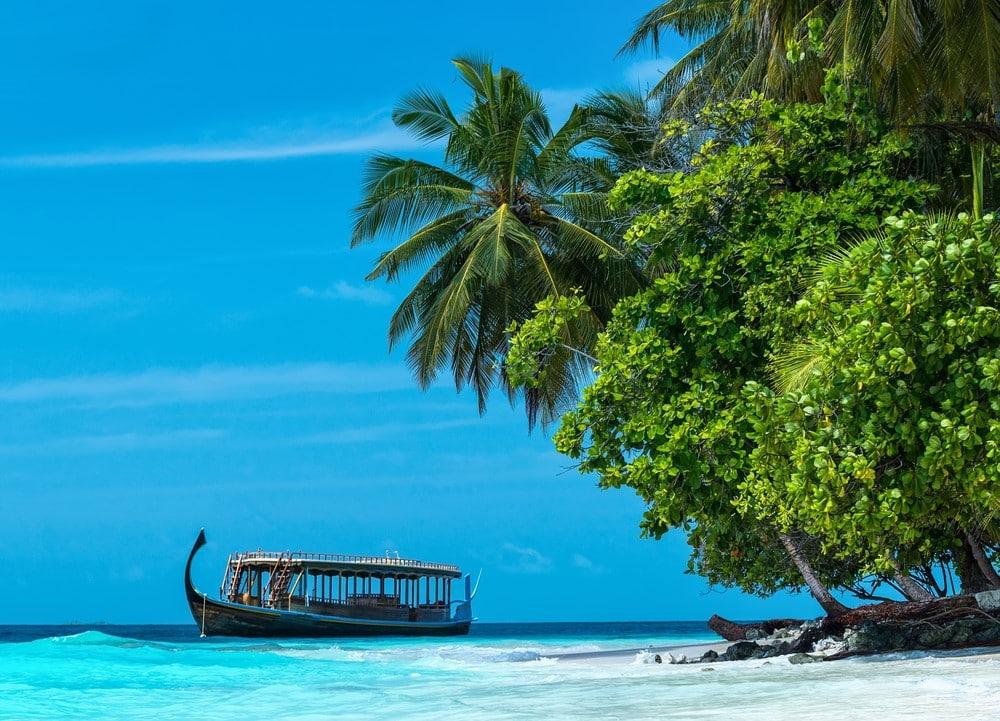 The Maldives on a budget Transportation
