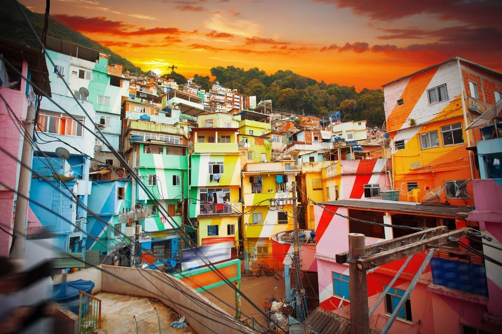 Facts about Rio Samba schools and favelas