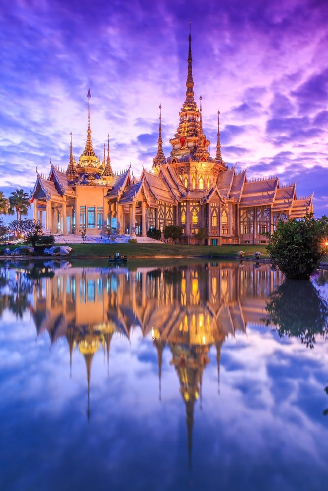 Places to travel on a budget Thailand