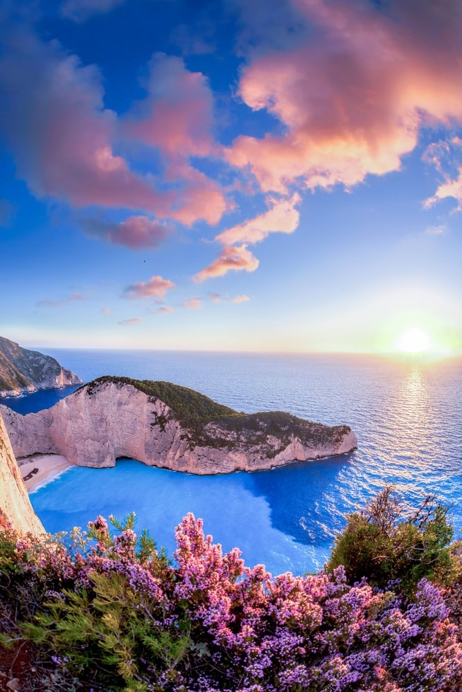Traveling for free Work on a cruise ship - Greece